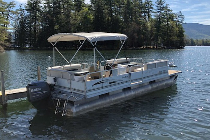 90 HP Camping Pontoon Boat Rental