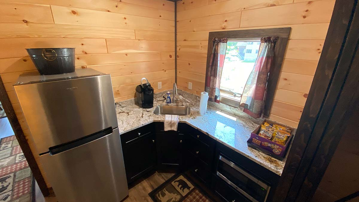 Bottom unit kitchenette area